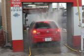 シャワーゲートドライブスルー洗車